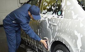 手洗い泡ムートン洗車